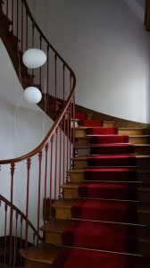 chemin d'escalier tendu